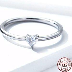 New stunning Sterling Silver Heart Diamond